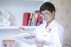 """医院里的""""拼命三郎""""――李惠芬医生"""